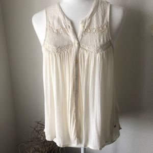 AEO Ivory Button down  Sleeveless Top